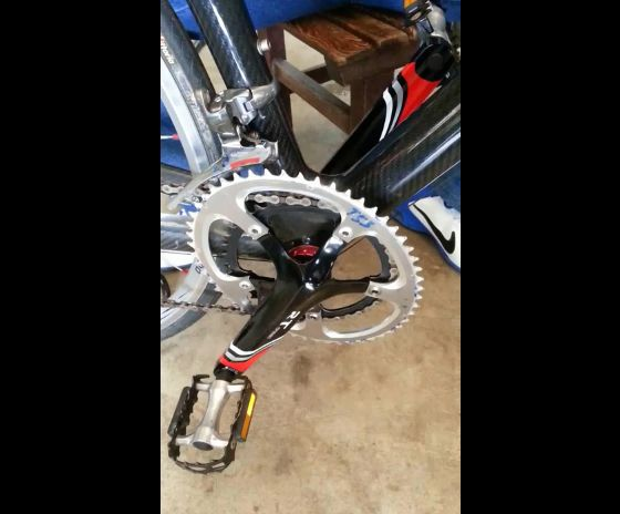Semi-Oval External BB Axle Integrated Crankset for Road Bike