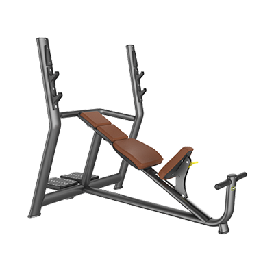 A819 Incline bench press