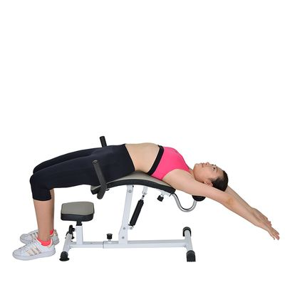 Back stretcher machine