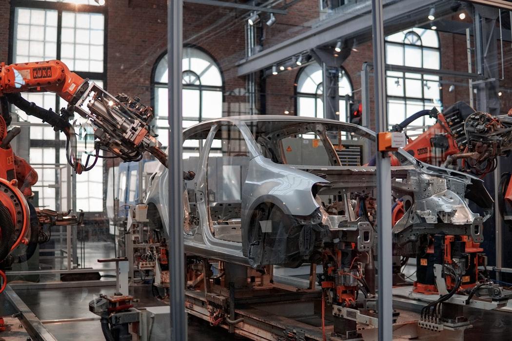 德國汽車製造商Audi及BMW逐步提高產量